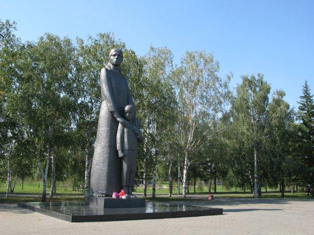 Скульптура Мать-сибирячка